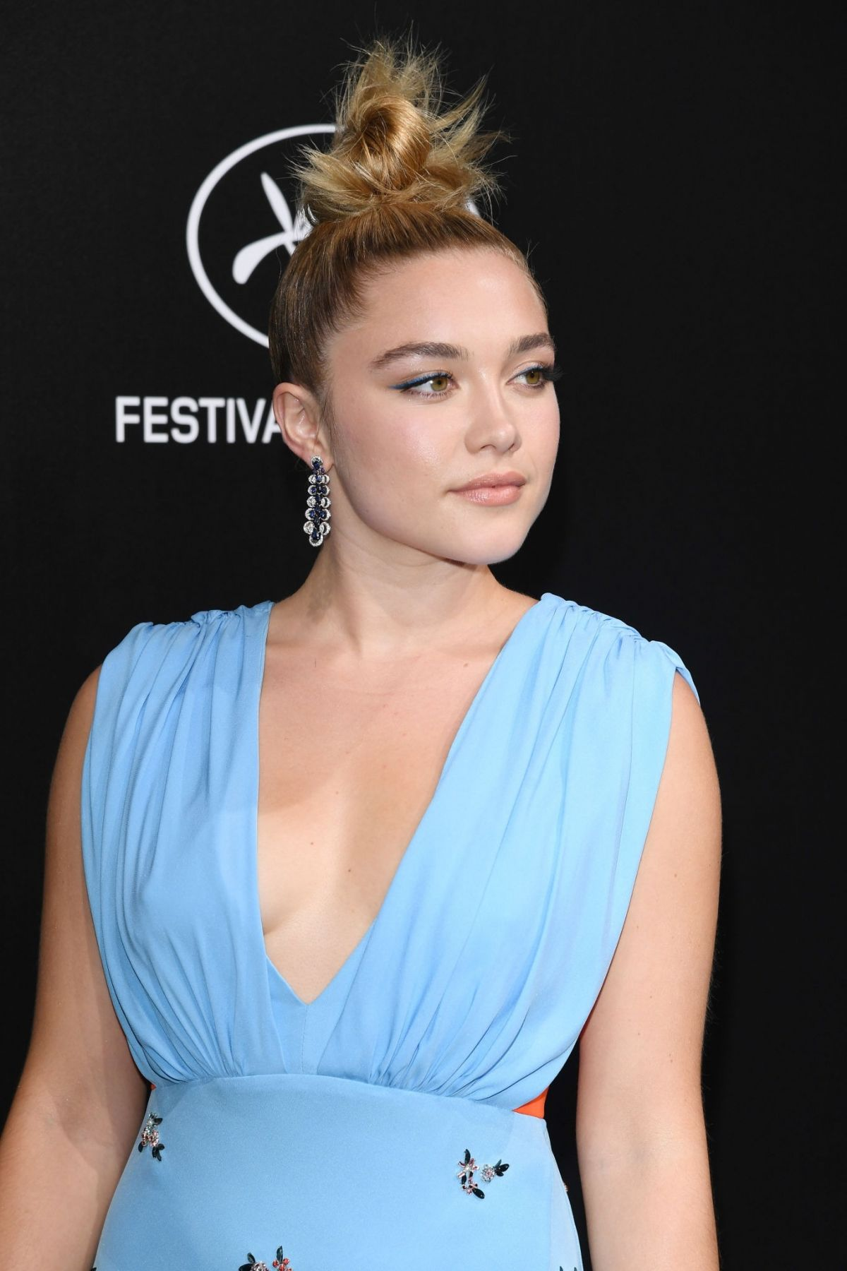 Florence Pugh 2019 >> Florence Pugh At Official Trophee Chopard Dinner At Cannes