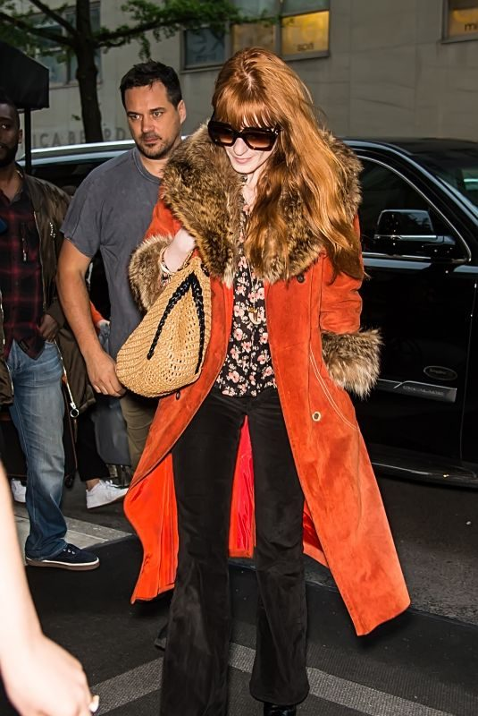 FLORENCE WELCH Arrives at Her Hotel in New York 05/03/2019