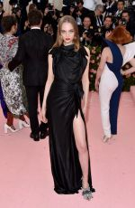 FRAN SUMMERS at Met Gala 2019 in New York 05/06/2019