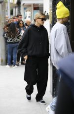 HAILEY and Justin BIEBER Out Shopping in Beverly Hills 05/26/2019