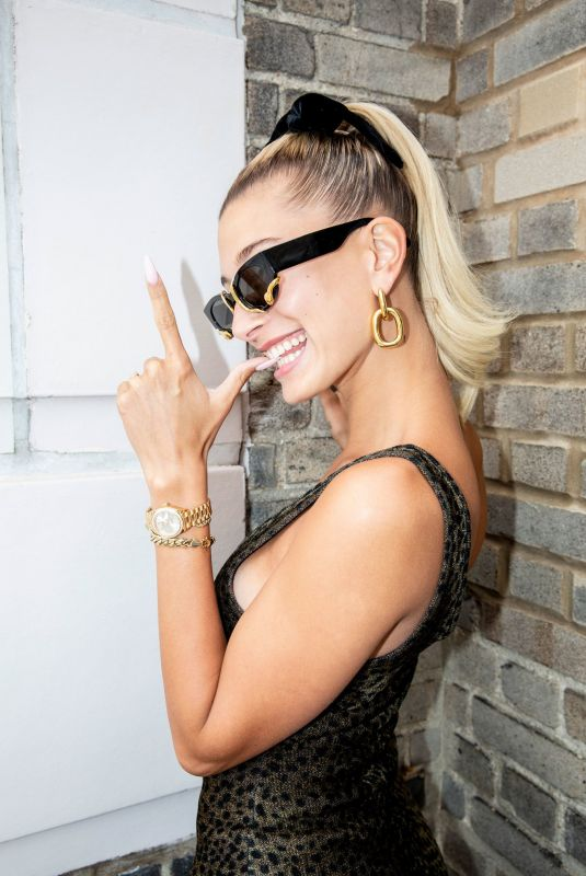 HAILEY BIEBER Getting Ready for Met Gala 2019 with Vogue