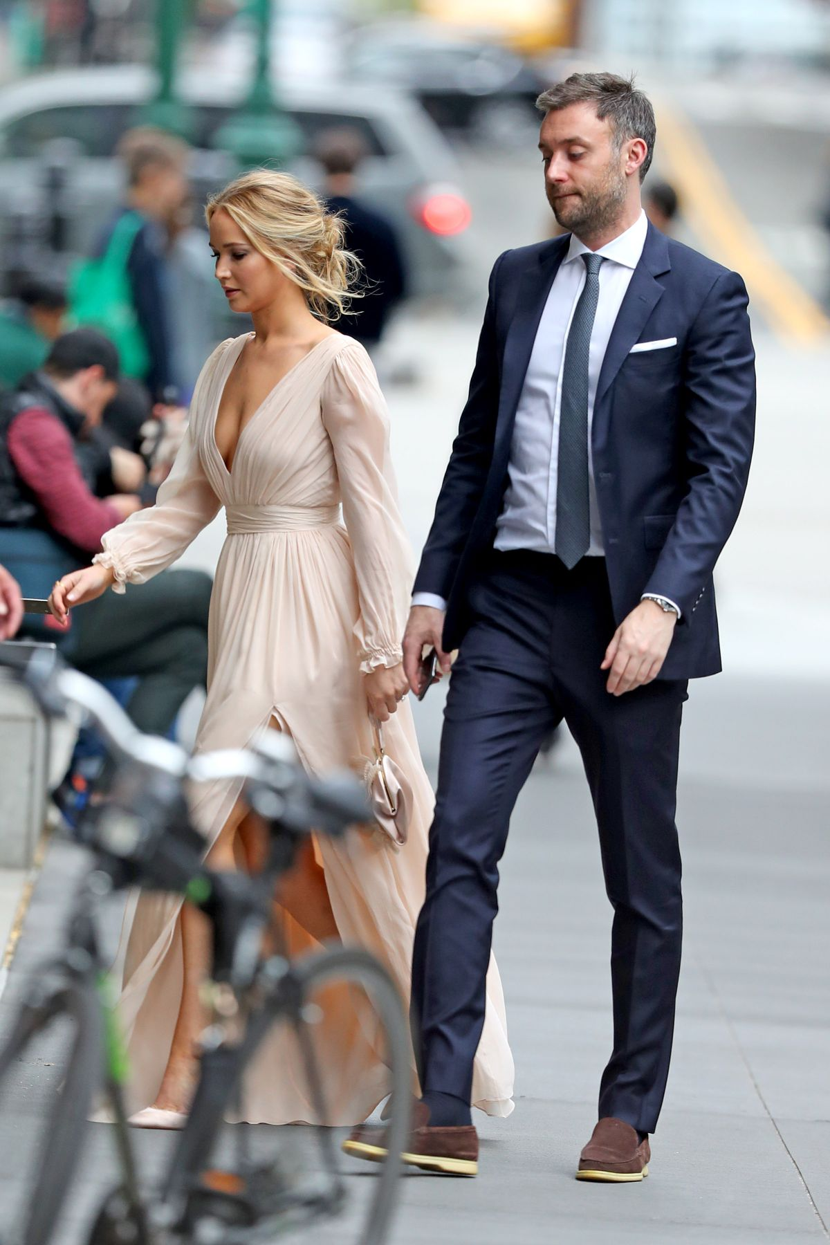Jennifer Lawrence marries Cooke Maroney at star-studded