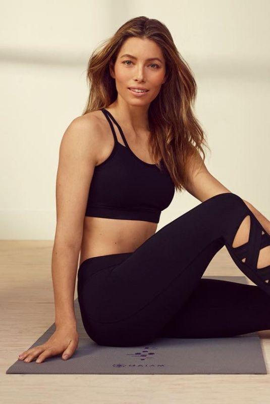 JESSICA BIEL for Gaiam Yoga Wear 2019 Collection