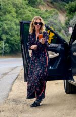 JULIA ROBERTS Out and About in Malibu 05/09/2019