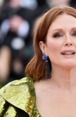 JULIANNE MOORE at 2019 Met Gala in New York 05/06/2019