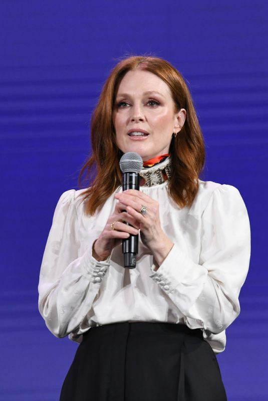 JULIANNE MOORE at 2019 Verizon Media Newfront in New York 04/30/2019