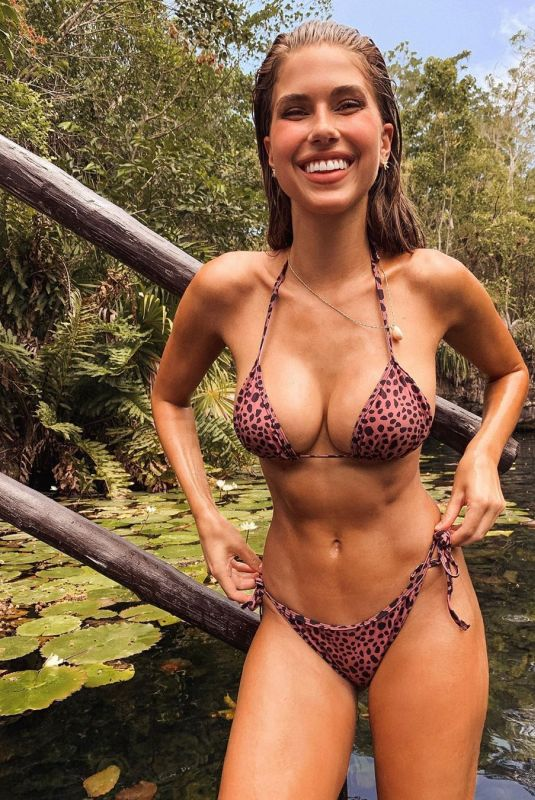 KARA DEL TORO - Instagram Pictures and Video, May 2019