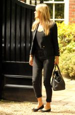 KATE MOSS Leaves Her Home in London 05/22/2019
