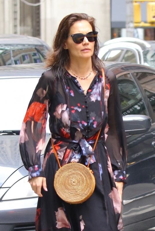 KATIE HOLMES Out in Ne...