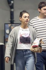MILA KUNIS anf Ashton Kutcher Out in Los Angeles 05/24/2019