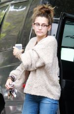 PARIS JACKSON Arrives at Her Apartment in Los Angeles 05/02/2019