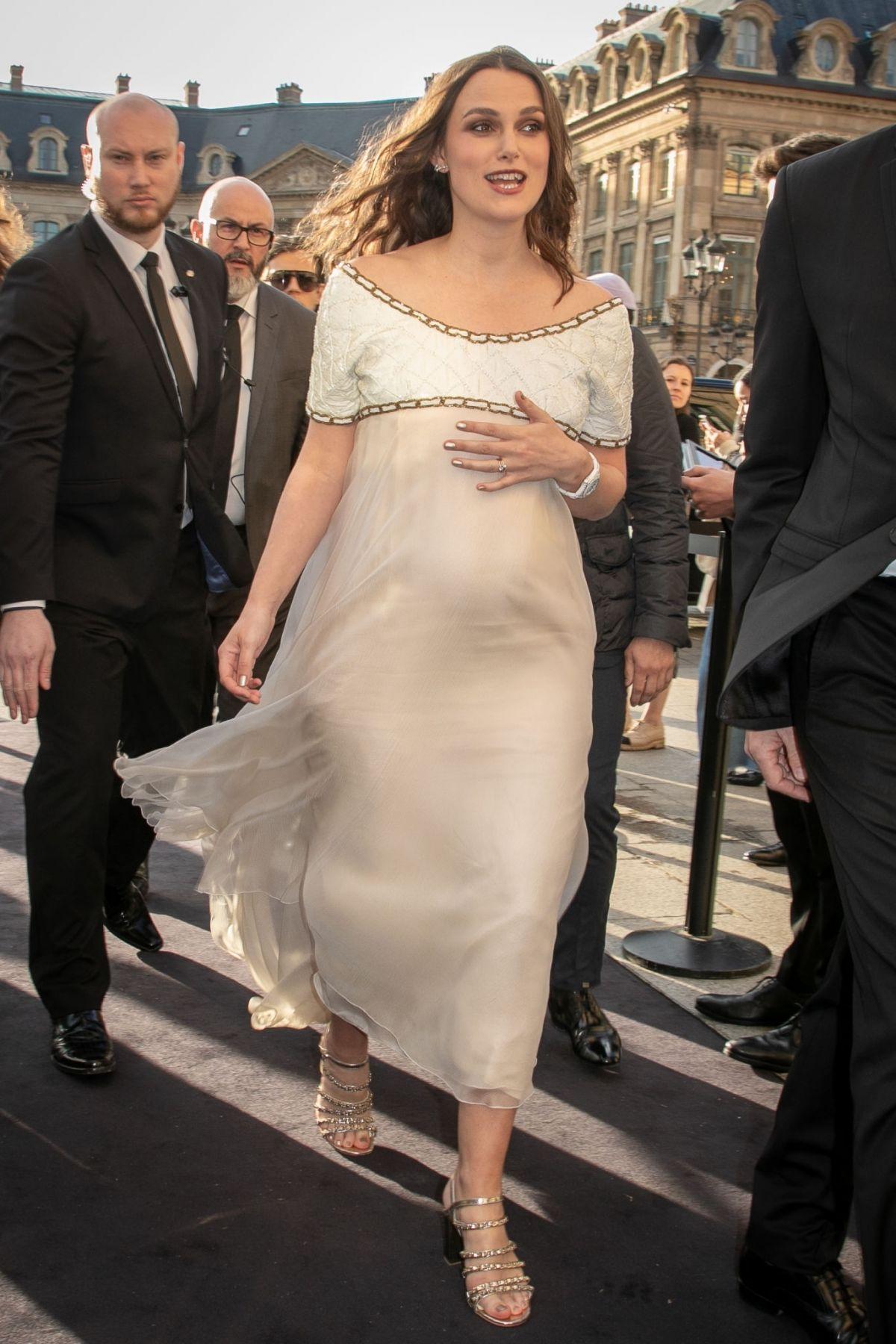 Pregnant KEIRA KNIGHTL...