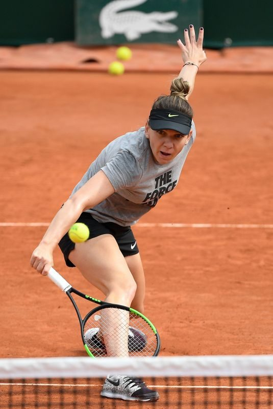 SIMONA HALEP Practises at Roland Garros French Open Tournament in Paris 05/22/2019