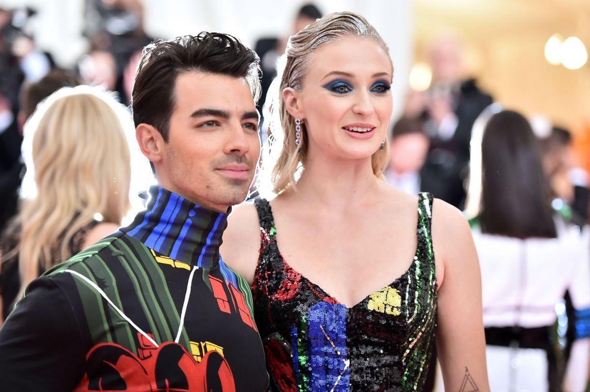 SOPHIE TURNER And Joe Jonas At 2019 Met Gala In New York