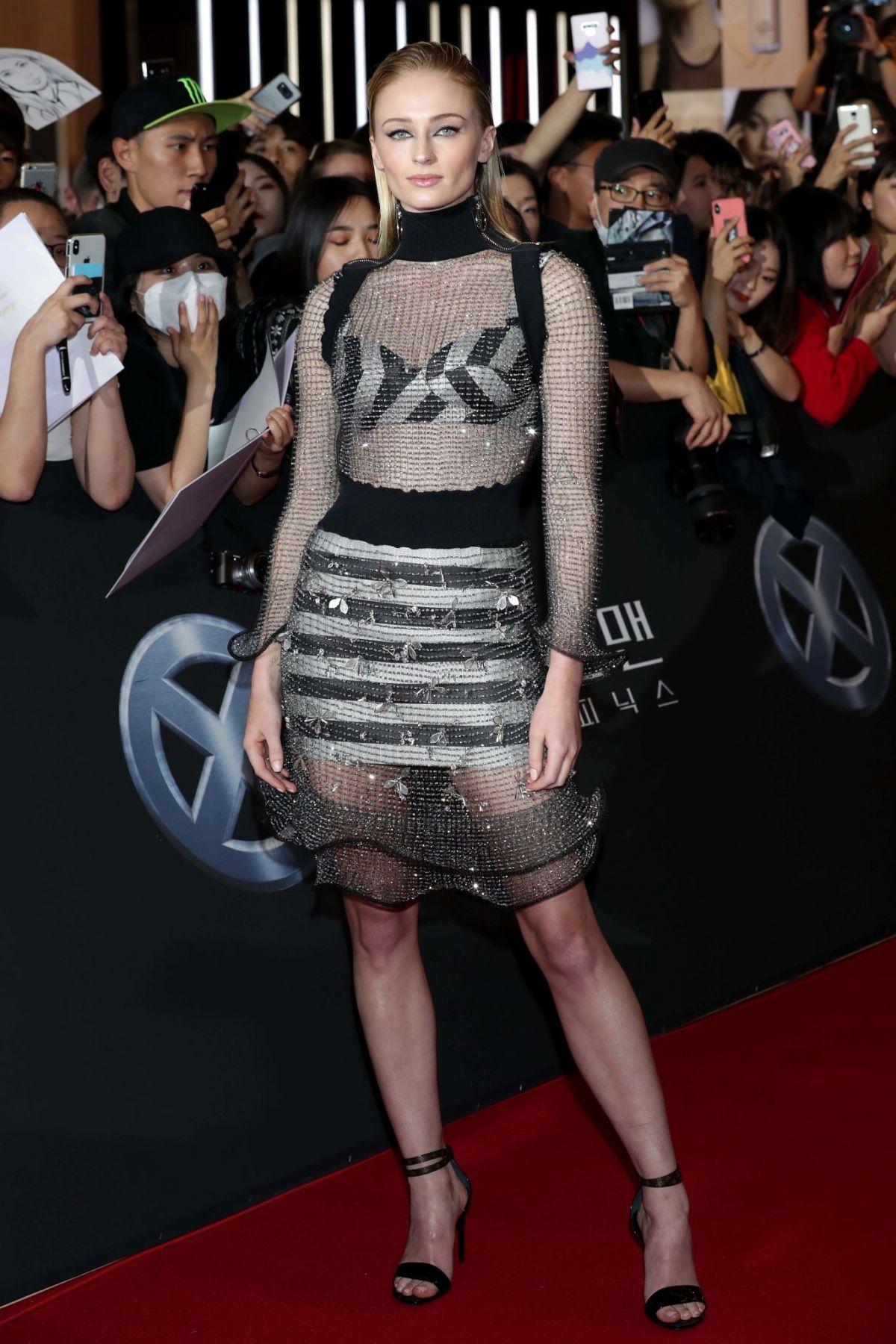 Sophie Turner At X Men Dark Phoenix Premiere In Seoul 05
