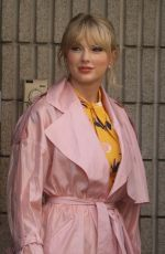 TAYLOR SWIFT Leaves NRJ Radio in Paris 05/25/2019
