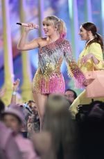 TAYLOR SWIFT Performs at Billboard Music Awards in Las Vegas 05/01/2019