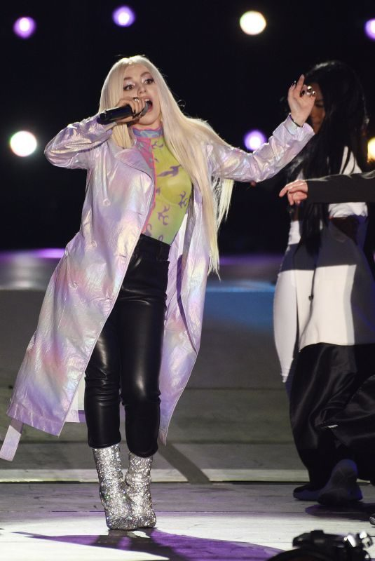 AVA MAX Performs at 2019 Iheartradio Wango Tango in Los Angeles 06/01/2019