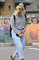 BILLIE PIPER Out and About in Primrose Hill 06/20/2019