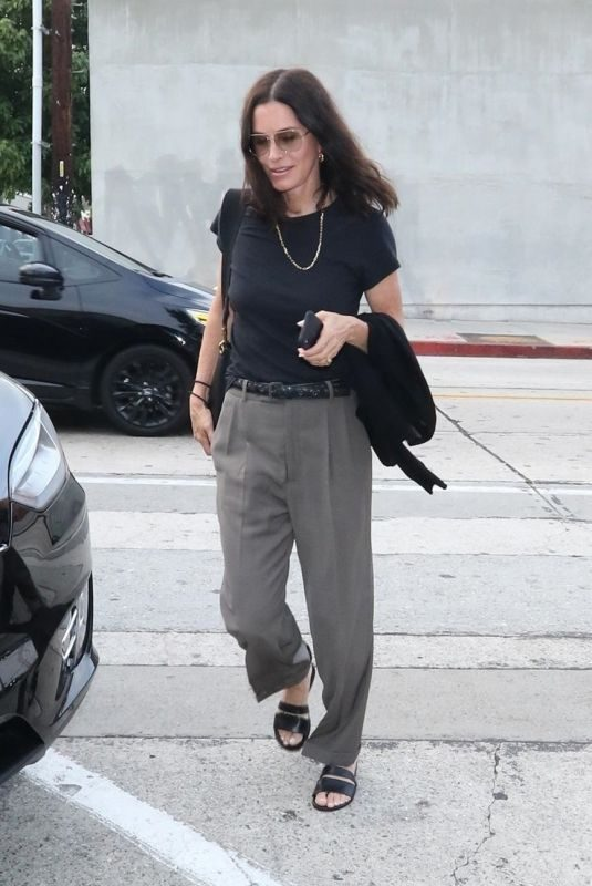 COURTENEY COX Arrives at Craig's Restaurant in West Hollywood 06/25/2019