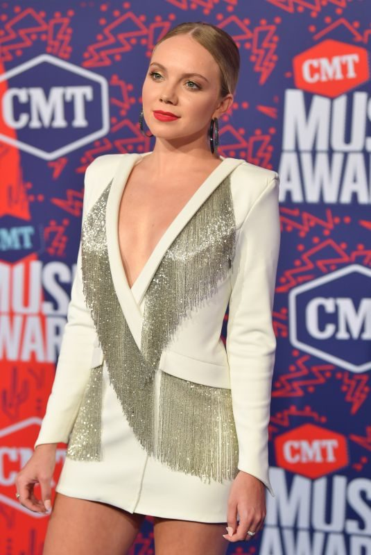 DANIELLE BRADBERY at 2019 CMT Music Awards in Nashville 06/05/2019