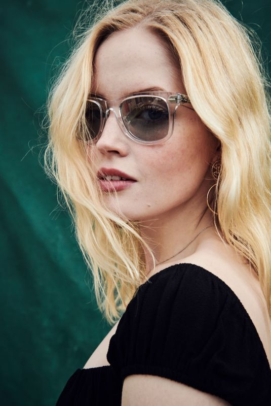 ELLIE BAMBER for Ray-ban Studios at All Points East Festival, May 2019