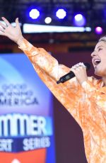 ELLIE GOULDING Performs at Good Morning America Summer Concert Series in New York 06/14/2019