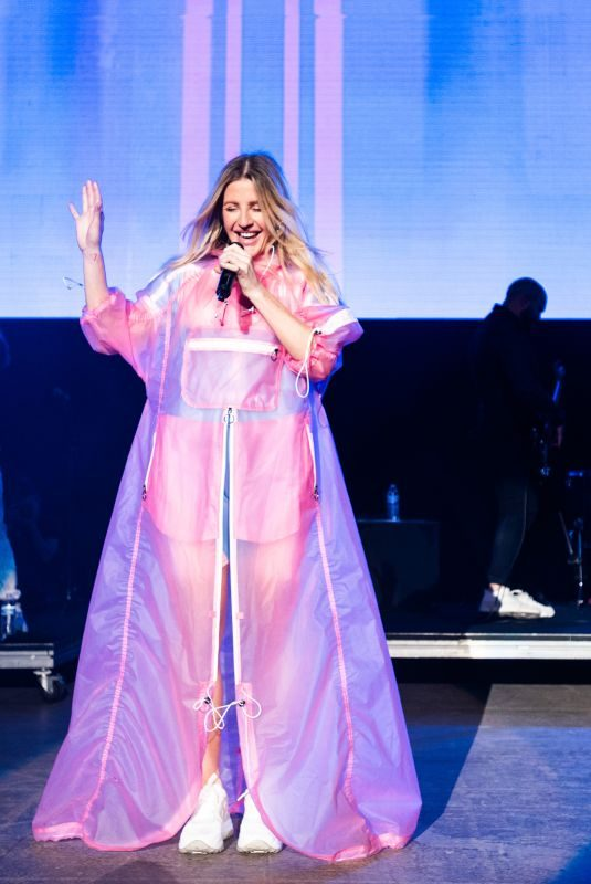 ELLIE GOULDING Performs at Wild 94.9's Wazzmatazz at Shoreline Amphitheatre in Mountain View 06/02/2019