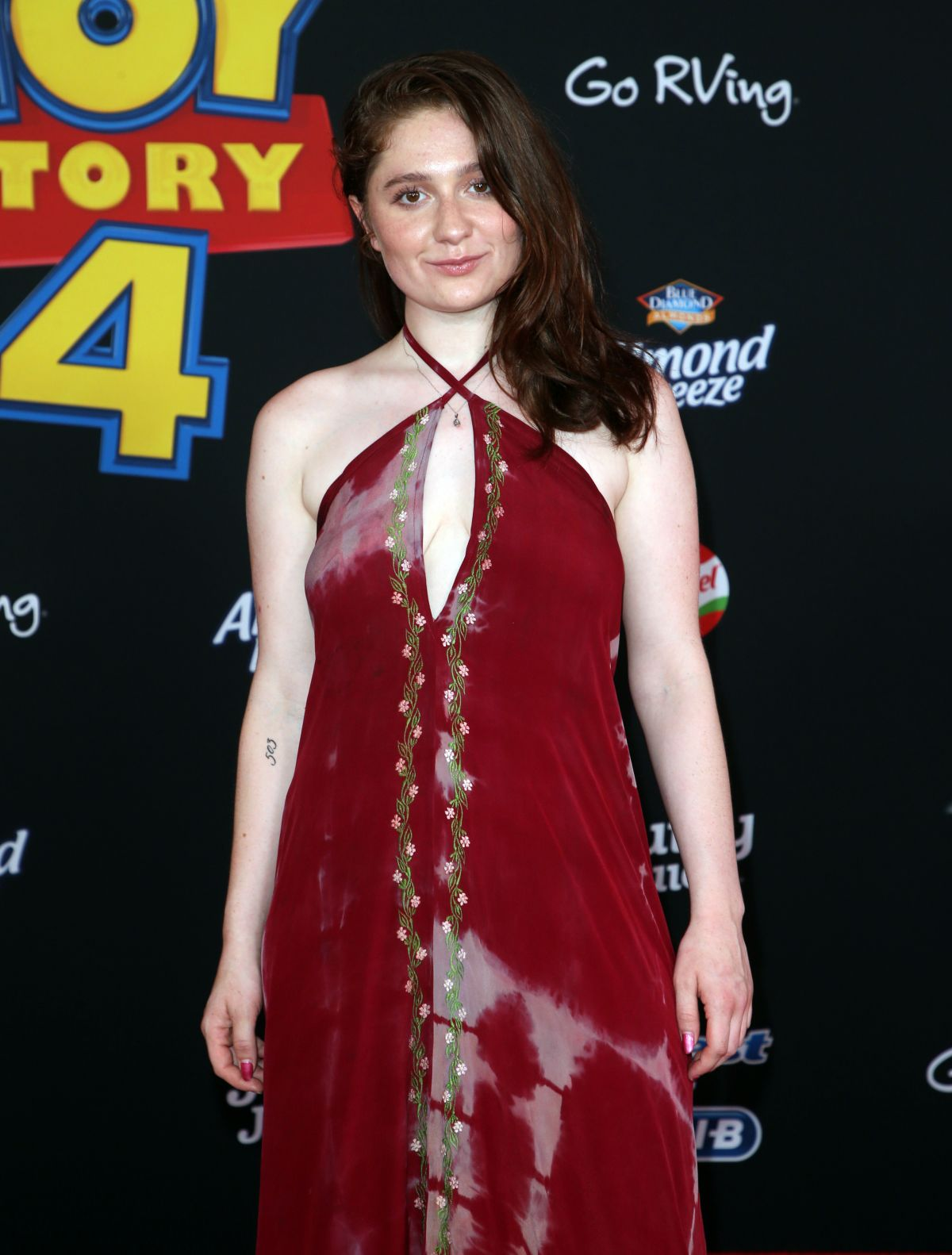 EMMA KENNEY at Toy Story 4 Premiere in Los Angeles 06/11 ... Emma Kenney 2019 Shameless