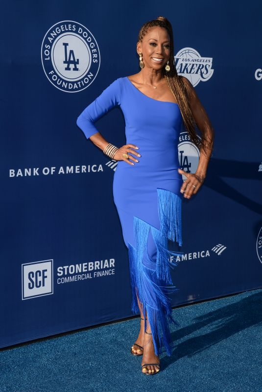 HOLLY ROBINSON PEETE at Los Angeles Dodgers Foundation Blue Diamond Gala 06/12/2019