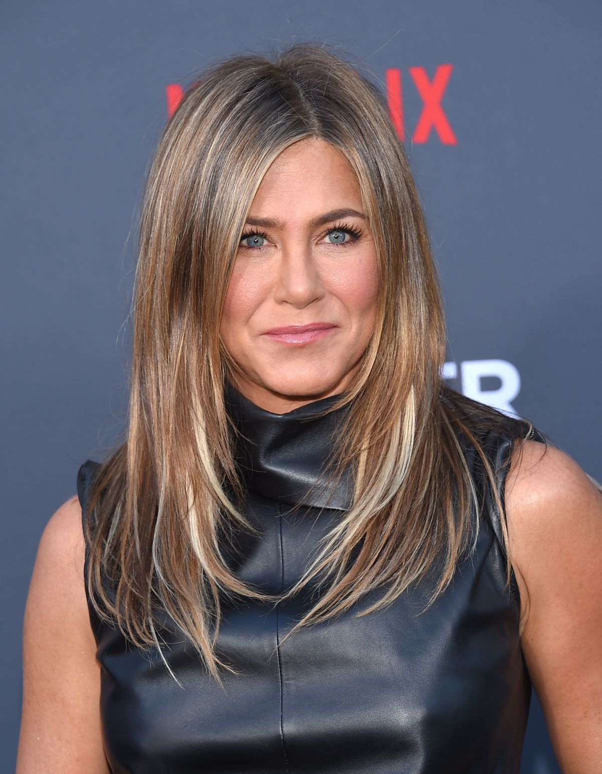 JENNIFER ANISTON at Murder Mystery Premiere in Los Angeles ...