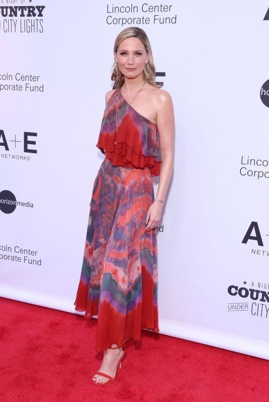 JENNIFER NETTLES at A Night of Country Under City Lights in New York 06/01/2019