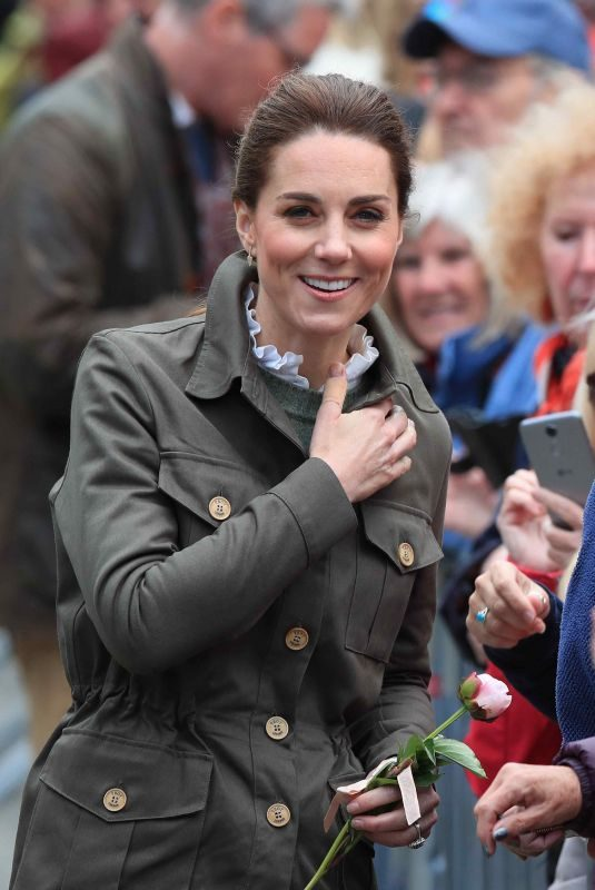 KATE MIDDLETON at Keswick Marketplace at Cumbria 06/11/2019