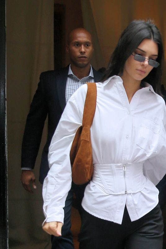 KENDALL JENNER Out in New York 05/31/2019