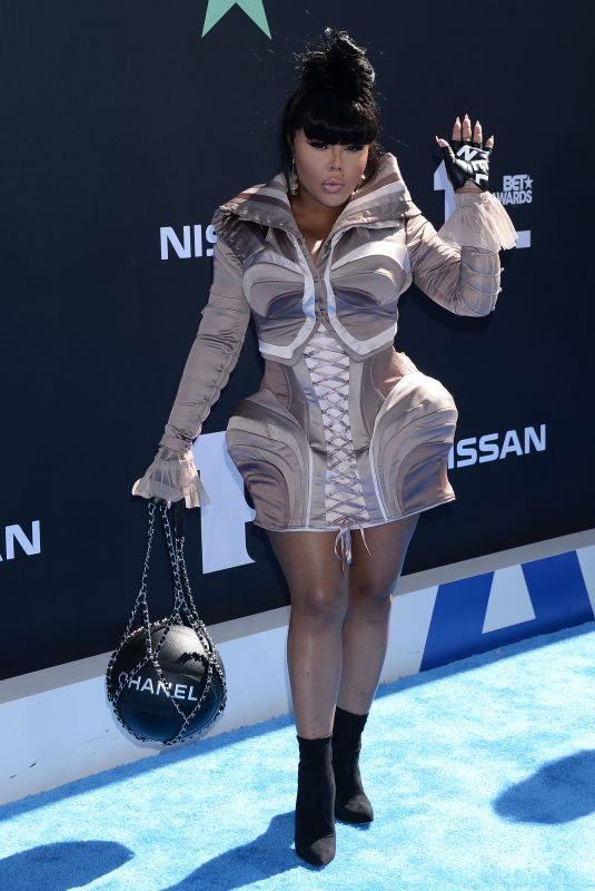 LIL' KIM at 2019 Bet Awards in Los Angeles 06/23/2019