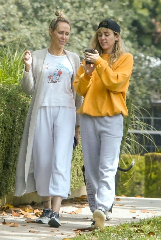 MILEY CYRUS Out with Her Mom in Los Angeles 06/05/2019