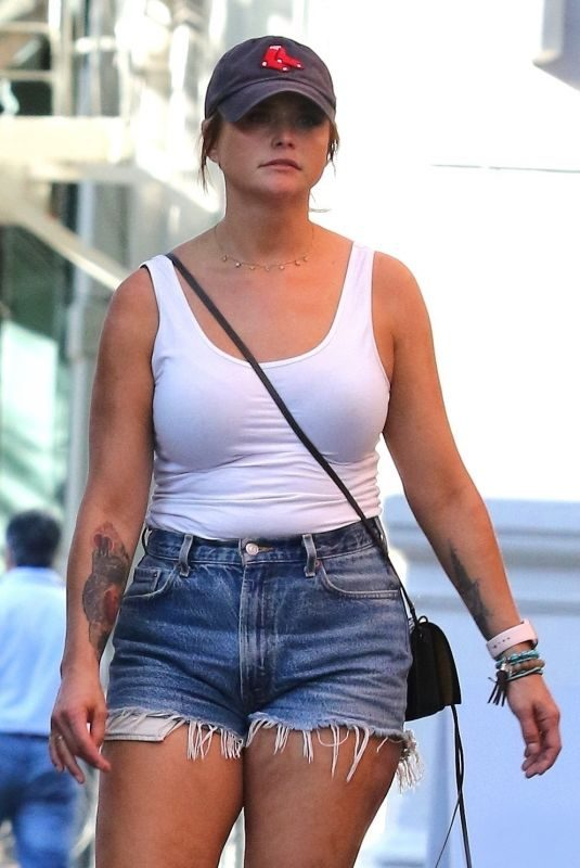 MIRANDA LAMBERT in Denim Shorts Out in New York 06/12/2019
