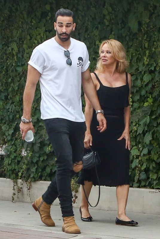 PAMELA ANDERSON Out and About in Malibu 06/09/2019