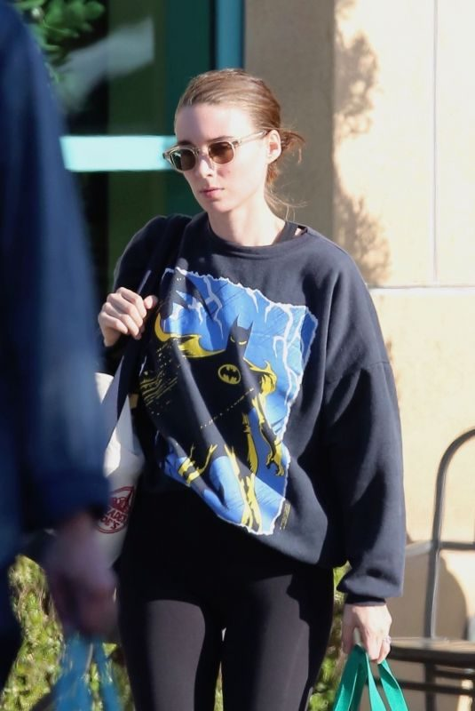 ROONEY MARA Shopping at Gelson's Market in Studio City 05/29/2019