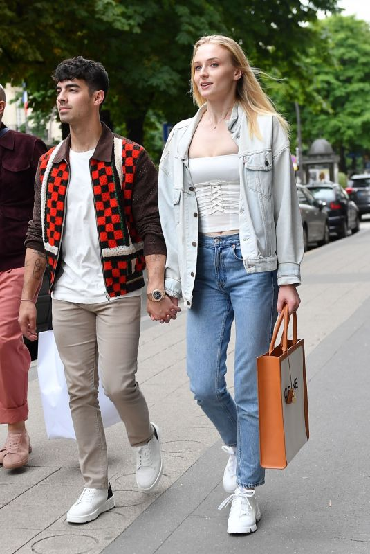 SOPHIE TURNER and Joe Jonas Out Shopping in Paris 06/22/2019