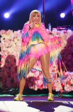 TAYLOR SWIFT Performs at 2019 Iheartradio Wango Tango in Los Angeles 06/01/2019