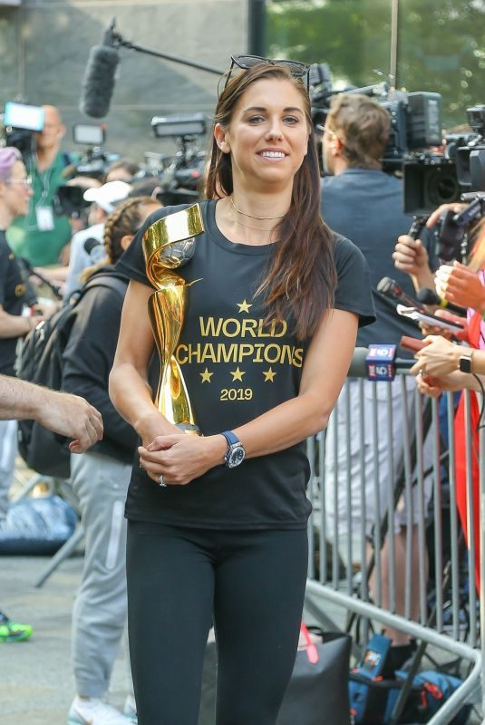 ALEX MORGAN Arrives in New York After Winning 2019 Fifa Women's World Cup 07/08/2019