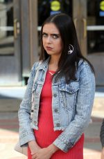 BEL POWLEY on the Set of Judd Apatow