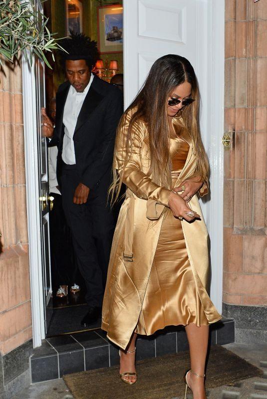 BEYONCE Leaves Harry's Bar in London 07/14/2019