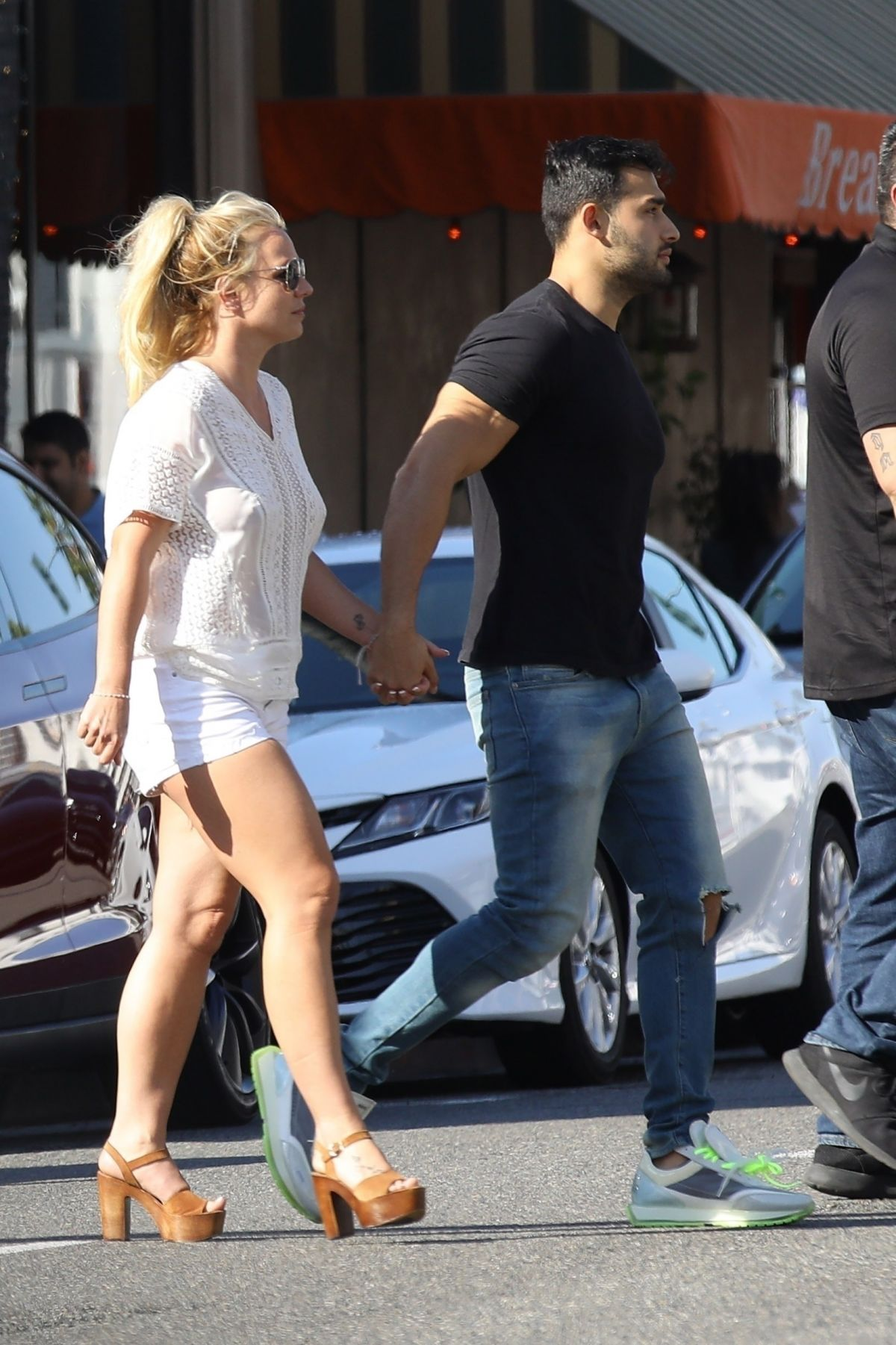 Britney Spears And Sam Asghari Out In Beverly Hills 0712 -4740