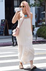 BUSY PHILIPPS Out and About in Los Angeles 07/22/2019