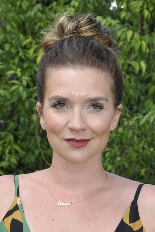 CANDICE BROWN at RHS Hapton Court Palace Garden Festival 2019 in London 07/01/2019