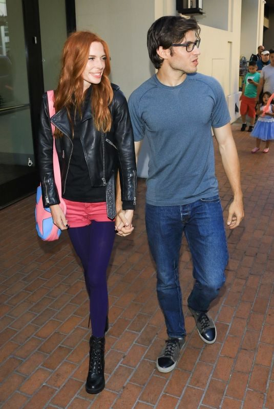 CHLOE DYKSTRA and Cameron Cuffe Out at Comic-con in San Diego 07/21/2019
