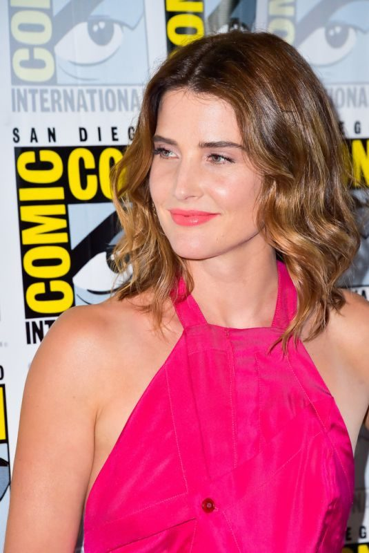 COBIE SMULDERS at Stumptown Panel at 2019 Comic-con International in San Diego 07/18/2019