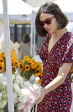 CRYSTAL REED Buys Flowers and Jewelry in Los Angeles 07/25/2019